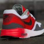 nike-air-max-1-c-2-white-black-crimson-06-570x424